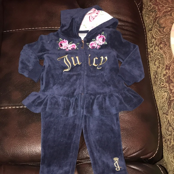 17696725d3 Juicy Couture Baby Girl Tracksuit 12 Months